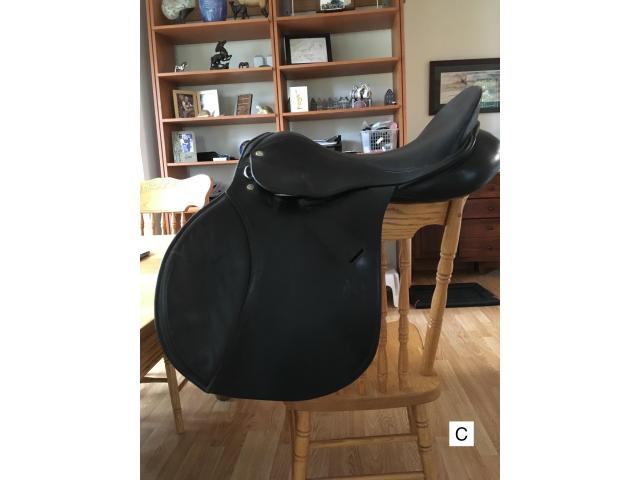 Jump / All purpose horse saddle